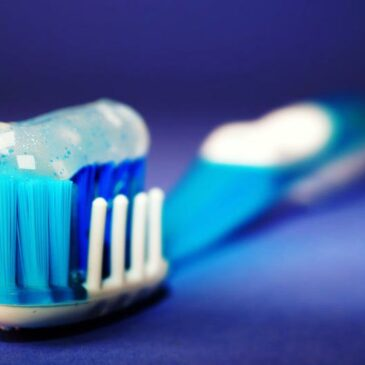 Which is better-Organic or Regular Toothpaste?
